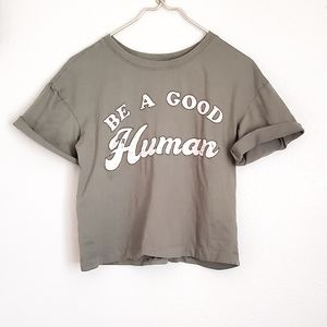 Distressed graphic tee size S cropped green/pink